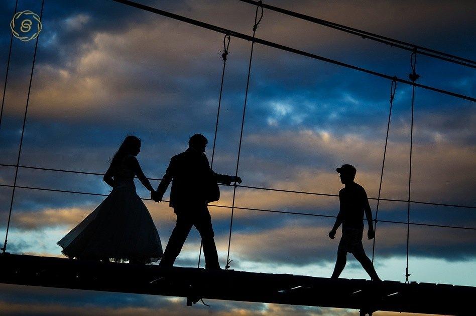 Puente colgante camiri fotografo de bodas