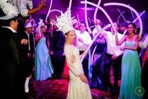 Hora loca para bodas