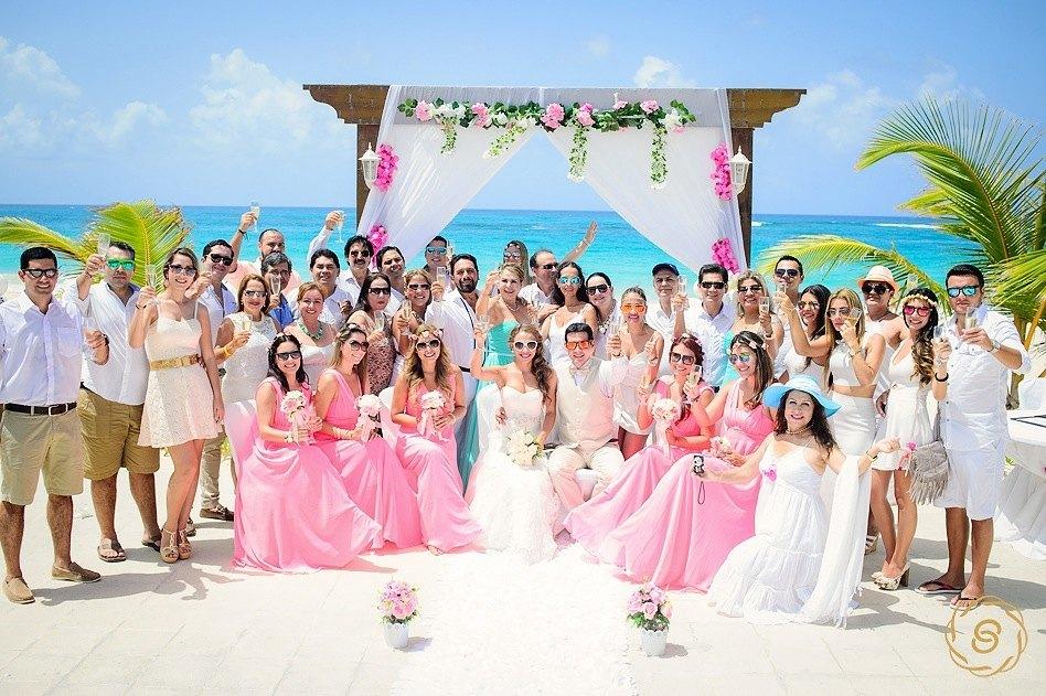 Matrimonio Simbolico Punta Cana : Boda beatriz erwin punta cana fotógrafo de bodas en